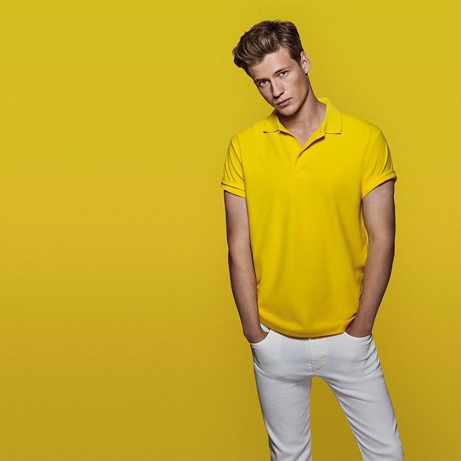 Polo amarillo Roly